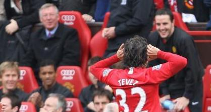 Fergie and O'Shea Amused By Tevez