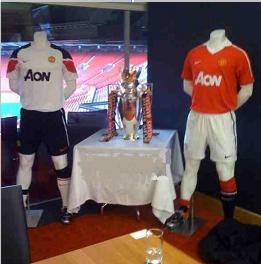 PICTURES: No Green and Gold Kit Next Season Then?