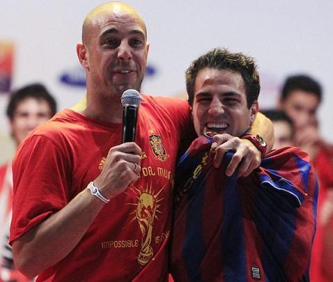https://therepublikofmancunia.com/wp-content/uploads/2010/07/Fabregas-Barcelona-shirt.jpg