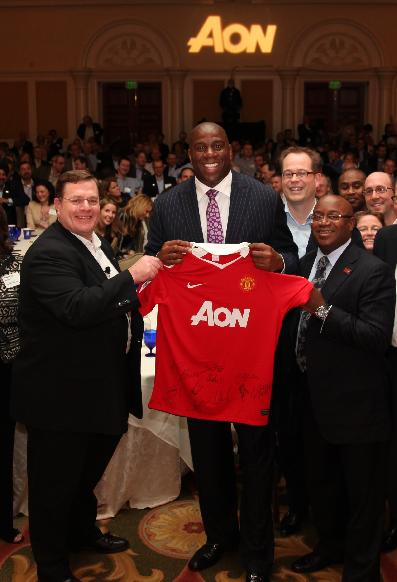 And United Sign Magic Johnson!
