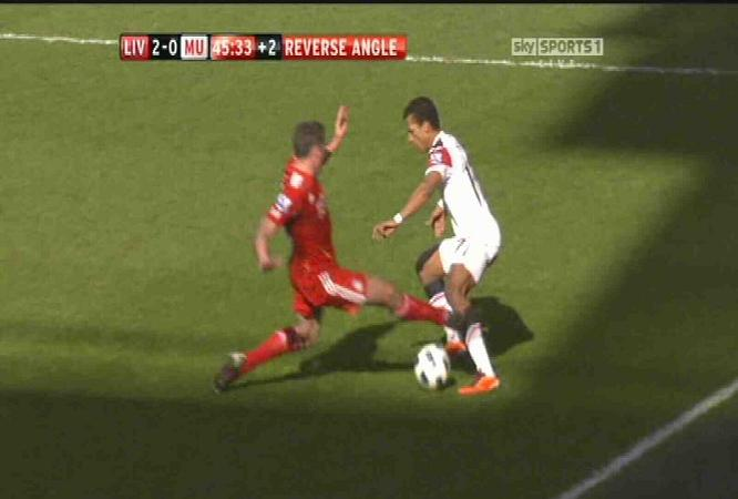 Carra: I Asked Owen About Nani Injury After My Terrible Tackle