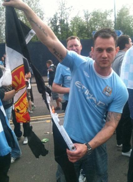 Picture Thick Blue Copper Risks Career To Burn United Flag