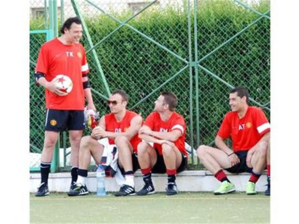 PICTURE: Berba Wearing United Gear For Friendly