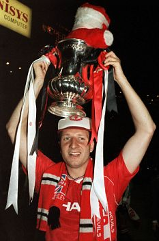 Q&A With FA Cup Winning Goal Scorer Lee Martin