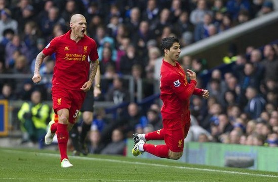Crerand: You Wouldn't Get Fed Up Of Punching Suarez