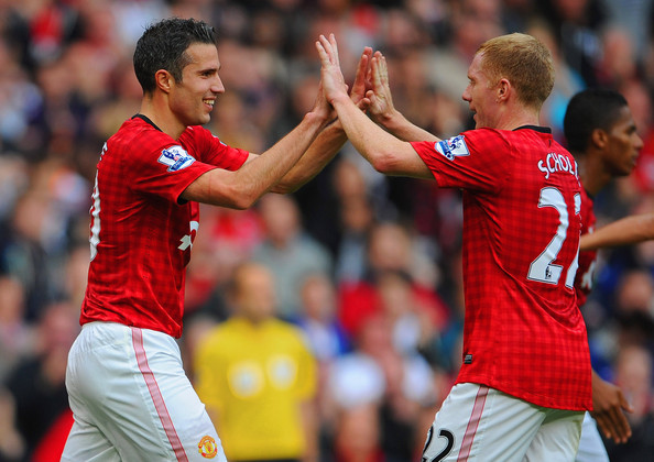 Van Persie: I'm Really Enjoying Playing With Scholesy And Giggs