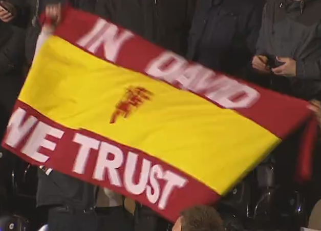 PICTURE: De Gea Banner In The Away End At Fulham