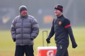 Fergie: Absolute b*llocks to suggest I don't talk to Rooney!