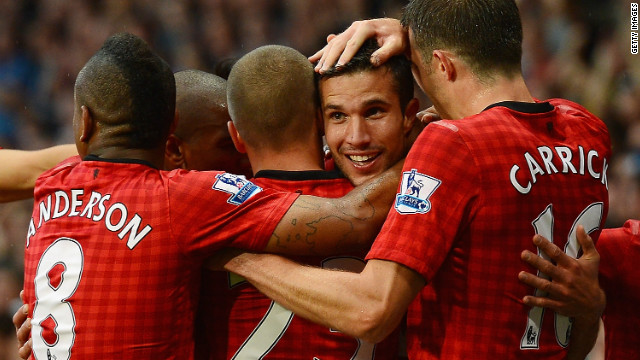 Smalling: Van Persie Gets On Really Well With The Lads
