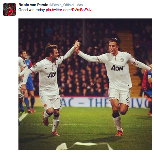 PICTURE: Van Persie posts picture to celebrate win