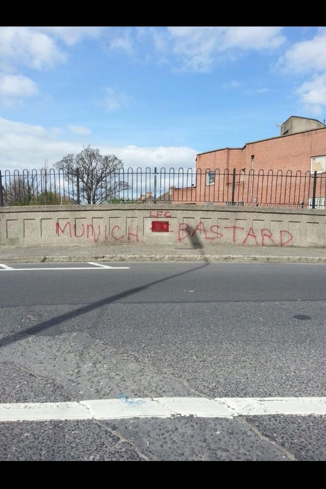 PICTURE: Liverpool fans graffiti Busby Babe's bridge?
