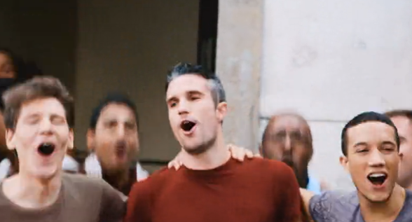 VIDEO: RvP stars in new advert with rival players