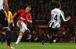 Tom+Cleverley+Manchester+United+v+Newcastle+C11_X9xgbaMl