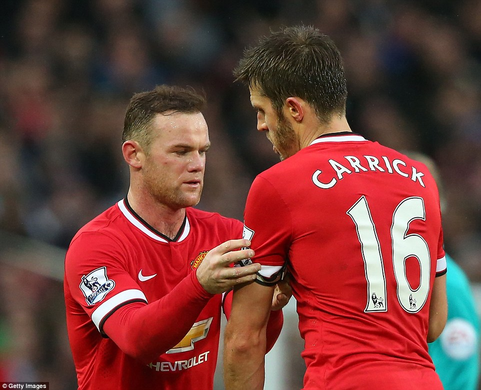 Carrick replaces Fletch as United's vice captain