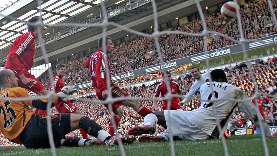 EXCLUSIVE INTERVIEW: Louis Saha on starting Wilson against Liverpool and O'Shea's goal at the Kop