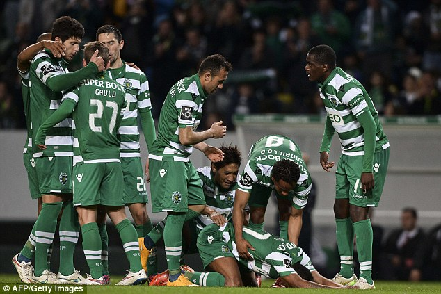 PICTURE: Nani breaks down after scoring Sporting goal