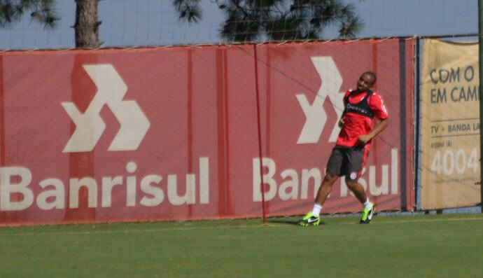 PICTURE: Anderson at Internacional medical