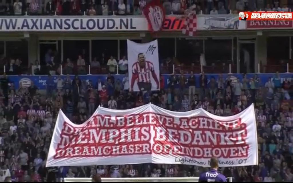 PICTURE: PSV fans unveil Depay banner