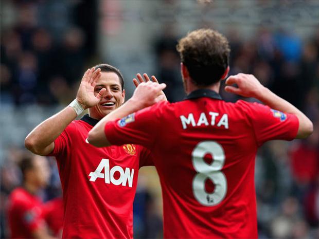 Mata: I hope great friend Chicharito stays at United