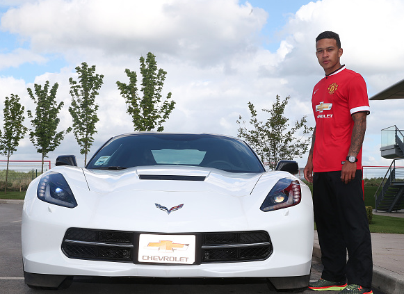 PICTURES: Depay in United shirt