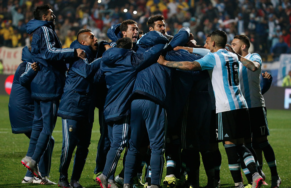 PICTURES: Rojo and Di Maria in Copa America semi-finals