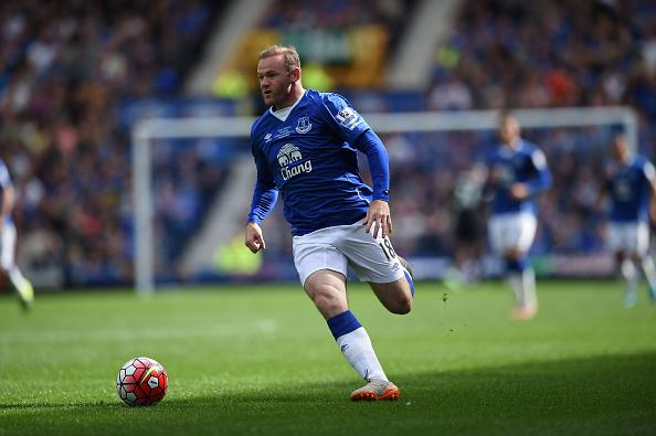 VIDEO: Rooney comes on at Goodison Park in Everton kit