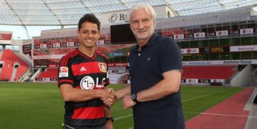 PICTURE: Chicharito in Bayer Leverkusen shirt