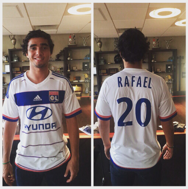 PICTURE: Rafael in Lyon shirt