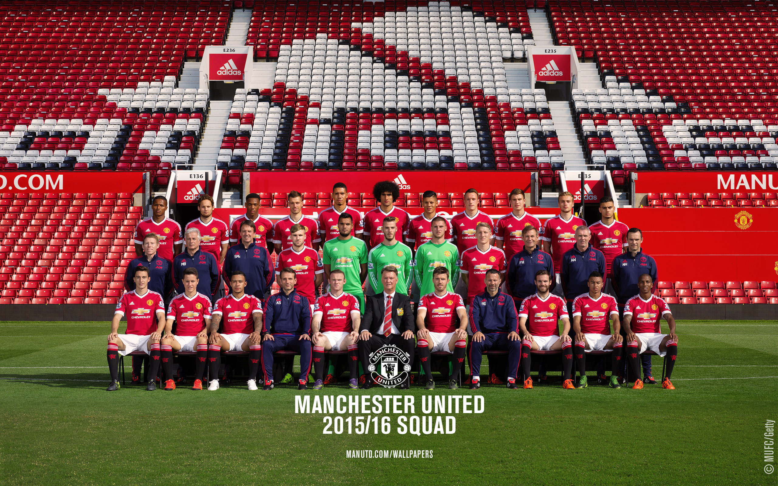 PICTURE: Manchester United's 2015-16 squad photo