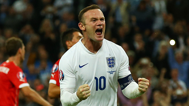 Why Rooney thrives for country but struggles for club