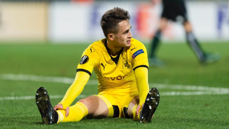 "Dortmund couldn't cut Januzaj's ""umbilical cord"" to Manchester"
