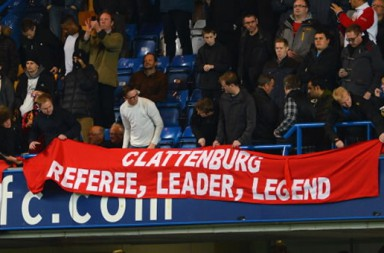 Mark-Clattenburg-Spanduk