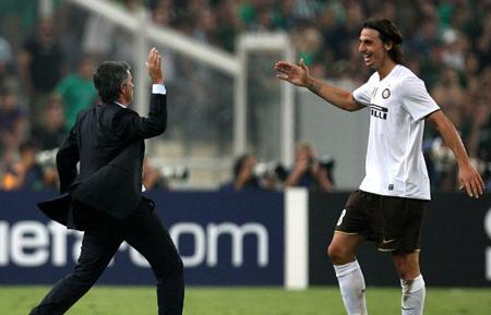 Raiola: Everyone thinks Zlatan is going to United