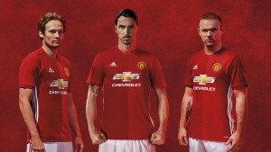 daley-blind-zlatan-ibrahimovic-wayne-rooney-manchester-united-adidas-2016-17-home-kit_3749825