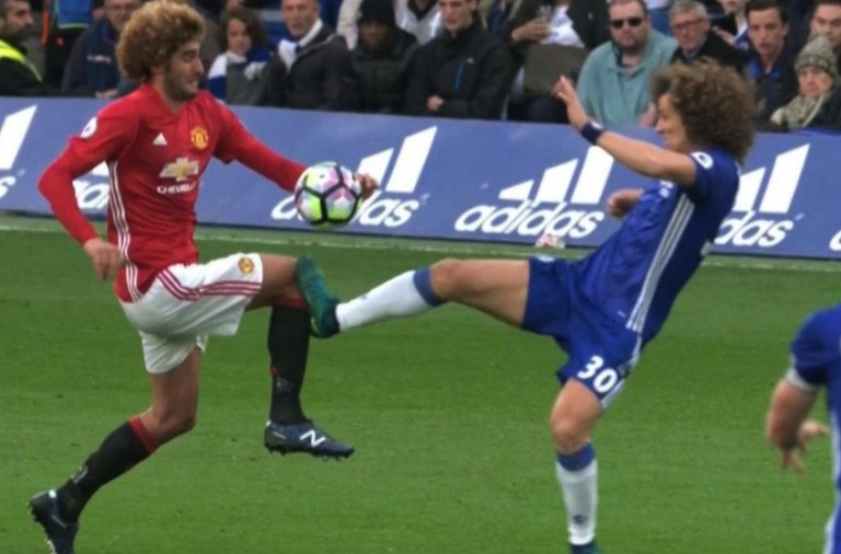PICTURE: Atkinson again fails to show Luiz the red card he deserved