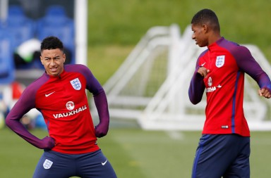 Britain Soccer Football - England Training - St. George¿s Park, Burton upon Trent - 7/10/16 England's Jesse Lingard and Marcus Rashford during training Action Images via Reuters / Carl Recine Livepic EDITORIAL USE ONLY.