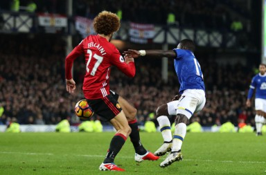 627665876-everton-v-manchester-united-premier-league-850x560