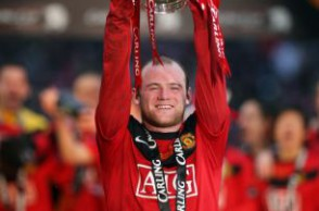 WAYNE ROONEY LIFTS THE CARLING CUP ASTON VILLA V MANCHESTER UNITED CARLING CUP FINAL 2010