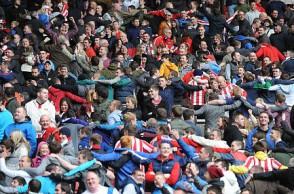 SPT_GCK_130512_Barclays Premier League. Sunderland v Manchester United. Sunderland fans at the end