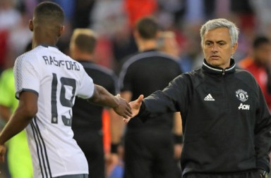 Jose-Mourinho-Marcus-Rashford-890223