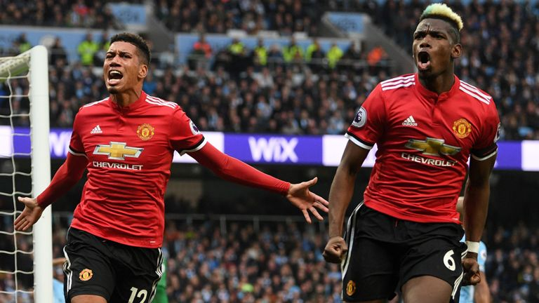 skysports-chris-smalling-paul-pogba_4276691