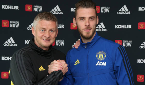De Gea: It's an honour to sign another contract with United