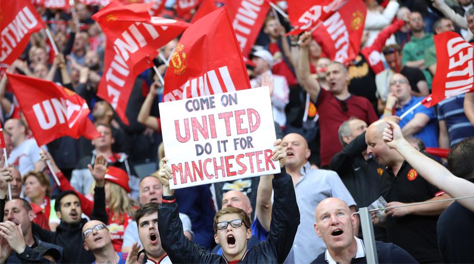 1495692784-manchester-united-fans-europa-league-final-vs-ajax